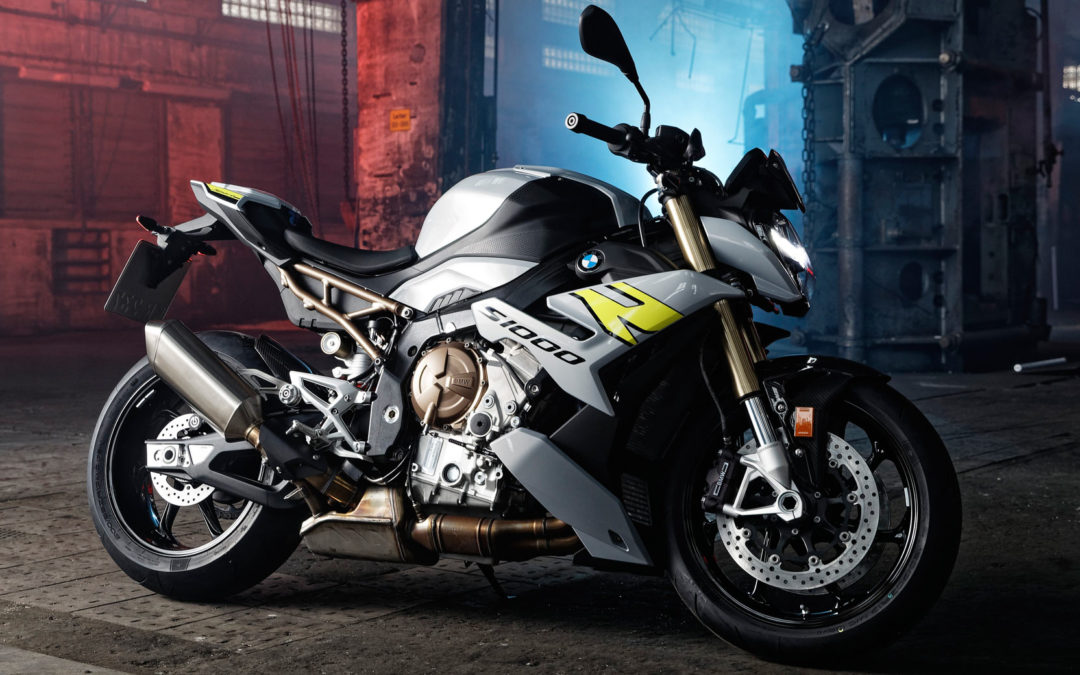2021 BMW S 1000 R Debuts With New Looks And Modern Tech